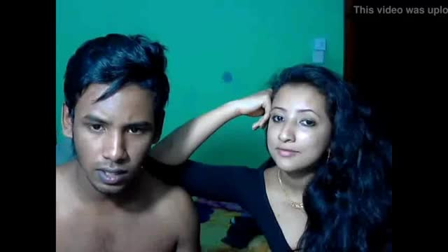 Indian girl nude having sex