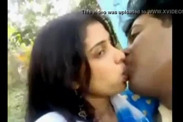 Indian college lovers sex video leaked