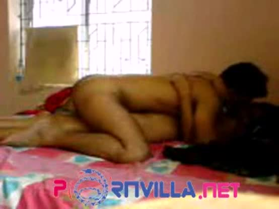 Indian college girl with boyfriend in handjob