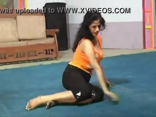 Watch video of nude pakistani girl