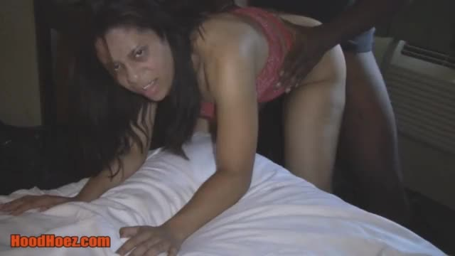 Indian hood chick sucks bbc