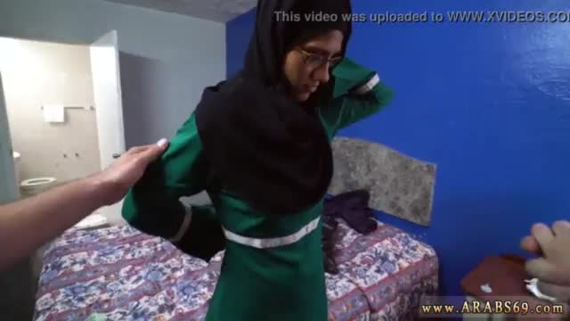 Horny arab couple first time desperate arab woman fucks for money