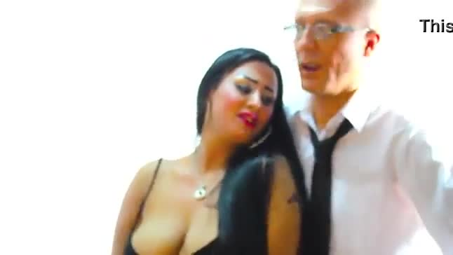Sexy arab egyptian with big tits dancing