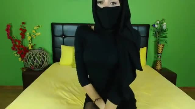 Cheating muslim and big ass arab fingering they love to boink and horny